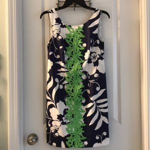 Lilly Pulitzer size 2 Delia shift dress navy